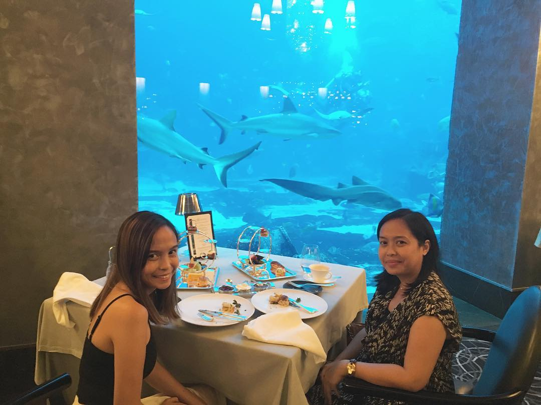 Date afternoon with the sister mo0onlightmeh at Ossiano atlantisthepalm breathtakinghellip