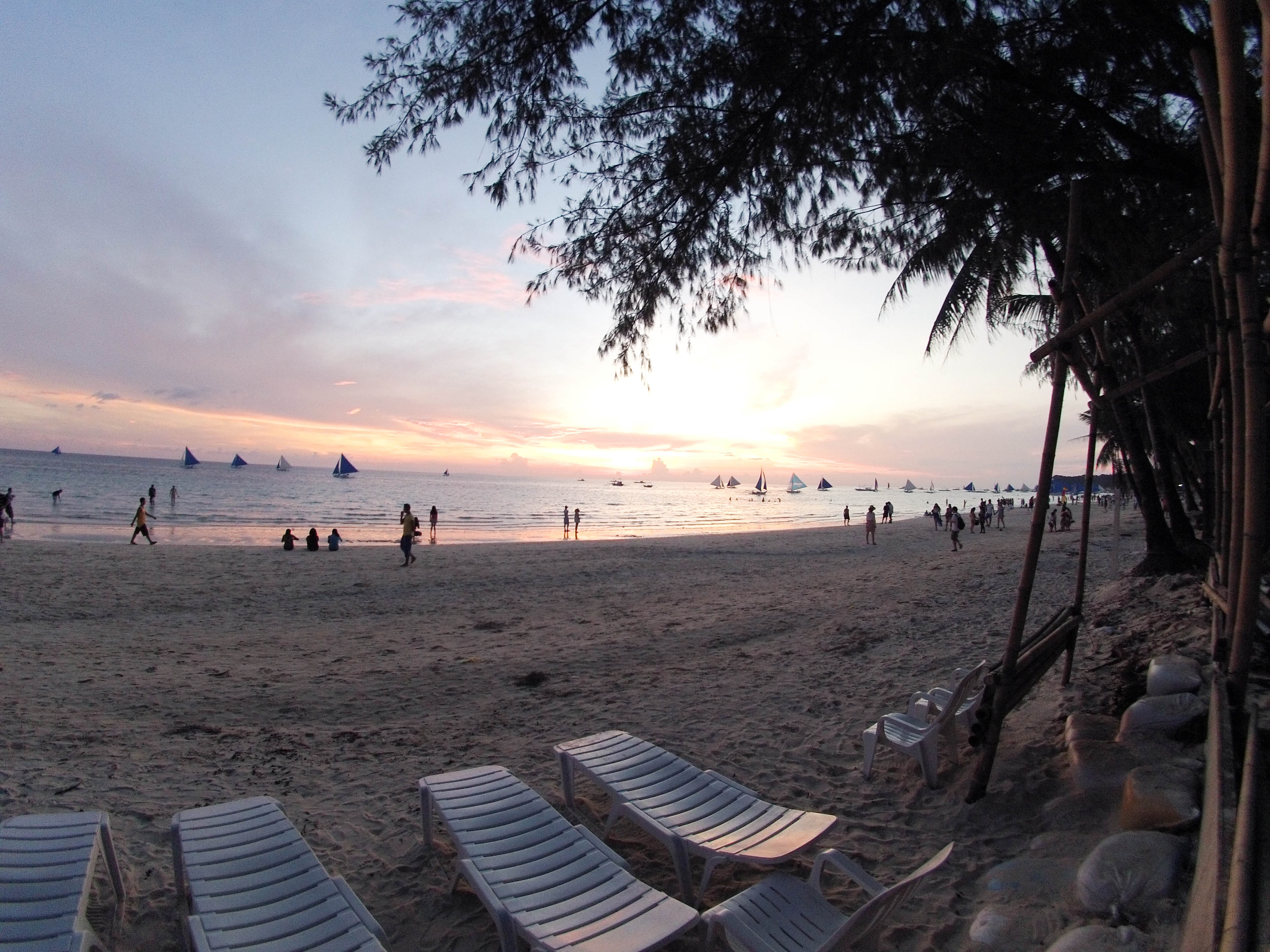 Beautiful-sunset-in-boracay