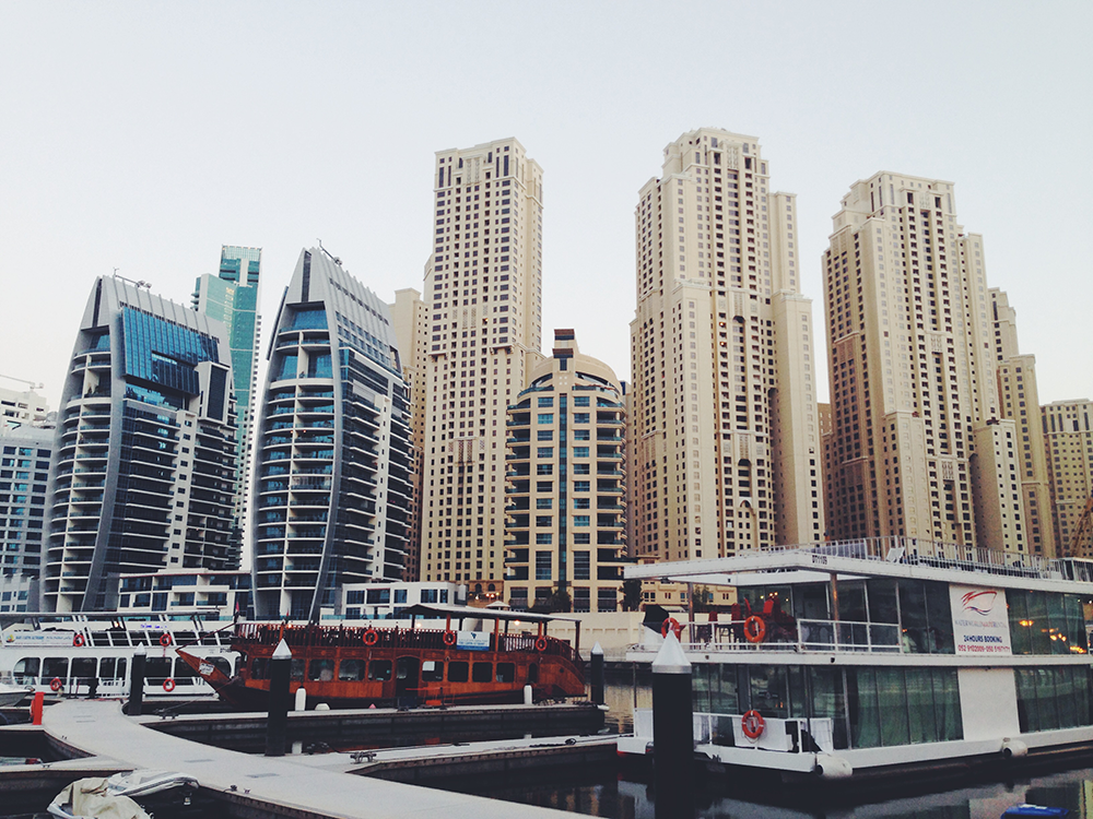 Dubai-Marina-in-the-morning